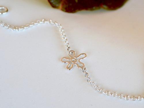 Armbånd liten blomst:3